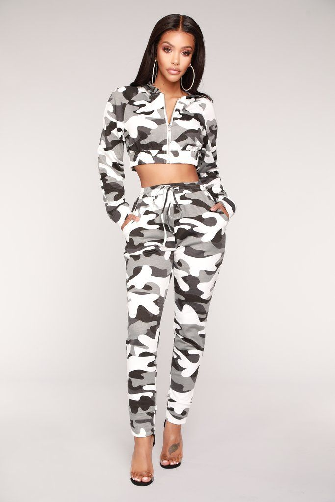 4211a7b26683a Jogging Away From You Lounge Set - Grey Camo in 2019 | Fashion Nova |  Matching Sets | Fashion, Outfits, Fashion outfits