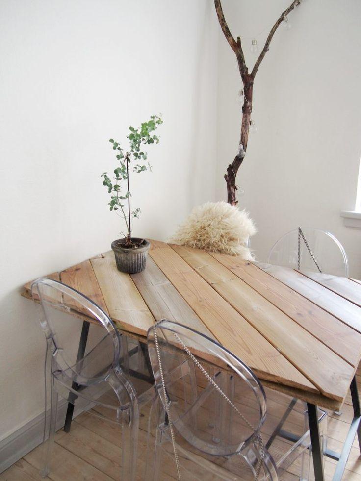 DIY spisebord i genbrugstræ