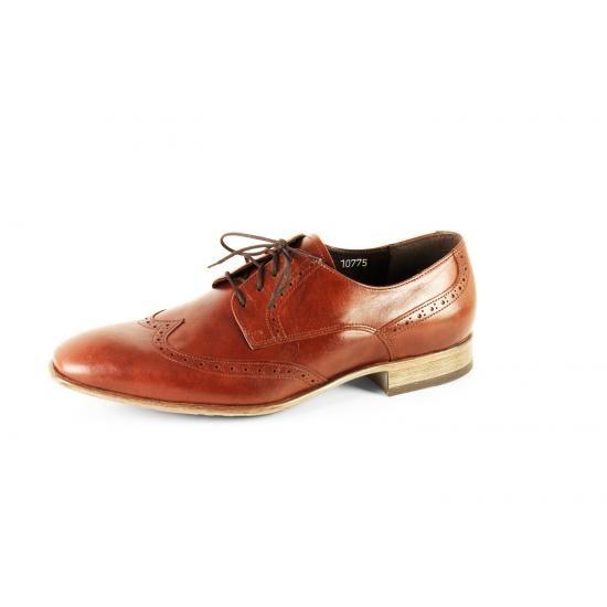 TopMan Smart - kotimaisuutta arvostavan tyylitietoisen pukeutujan luottokenkä. Elegantti sekoitus vanhaa ja uutta!