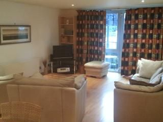 Apartments in Central Bristol and Studios – Holiday Lettings - Holiday Rentals Central Bristol