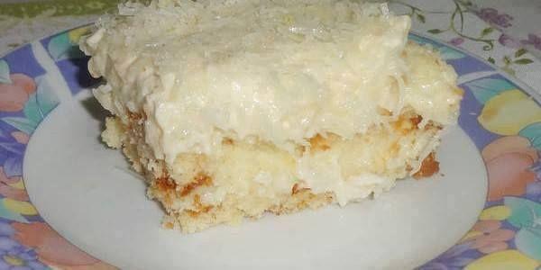 O Bolo Toalha Felpuda é um bolo de coco gelado e molhadinho que vai conquistar você, seus amigos e clientes. Ele pode ser cortado em pedaços e embrulhado e
