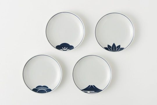 Japanese tableware - Mt.Fuji, Pine, Bamboo and Plum flower are auspicious items for longtime in Japan.