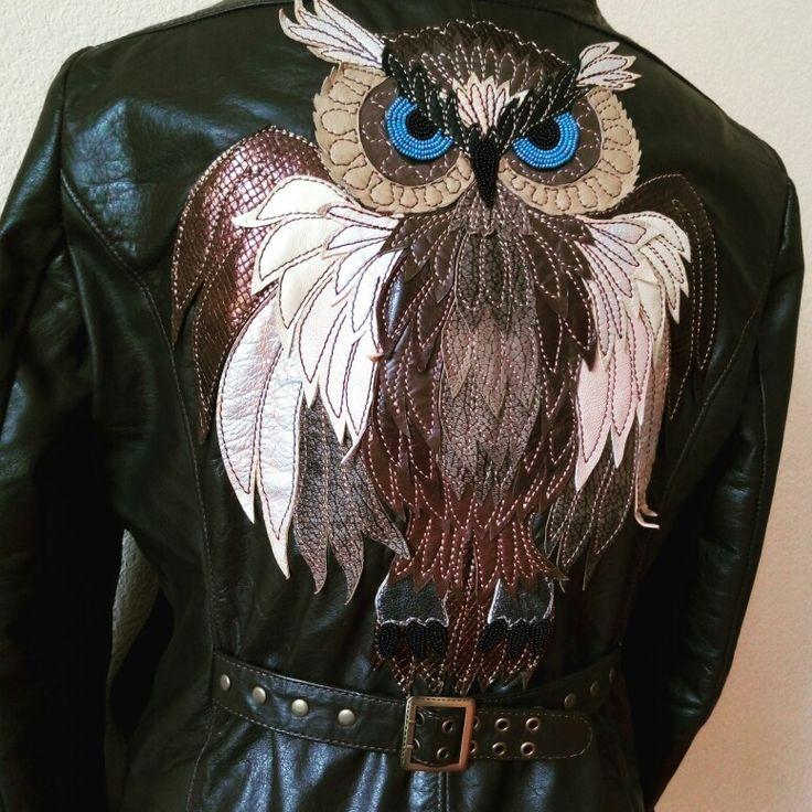 Сова - аппликация из кожи, глазки, клюв и когти вышиты бисером. Моя куртка :)