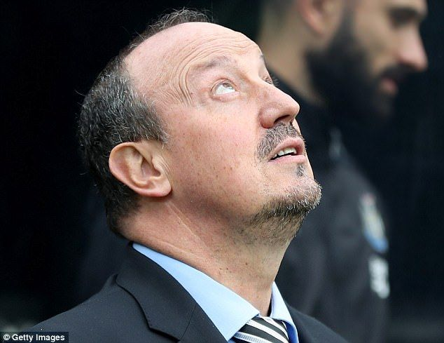 Newcastle boss Benitez looked to the skies before his side played Stoke on Saturday