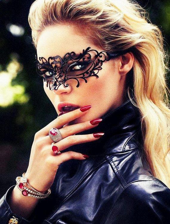 Halloween Sexy Metal Mask Masquerade Ball Mask for Women