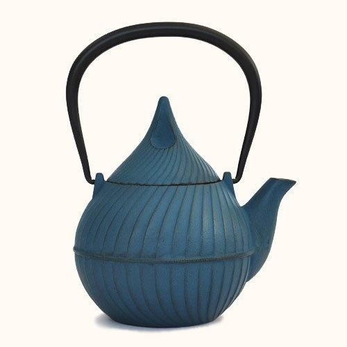 南部鉄 ティーポット 蕾 Tsubomi 0.4L ジャパンブルー 壱鋳堂, http://www.amazon.co.jp/dp/B00CB8JE6A/ref=cm_sw_r_pi_dp_VzSBrb1KFX6T3