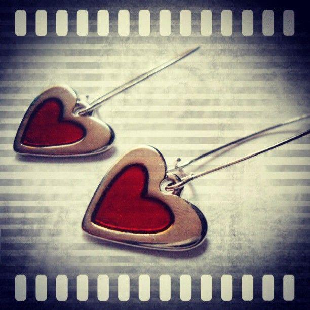 Aretes Corazón Rojo https://www.facebook.com/AccesoriosUv