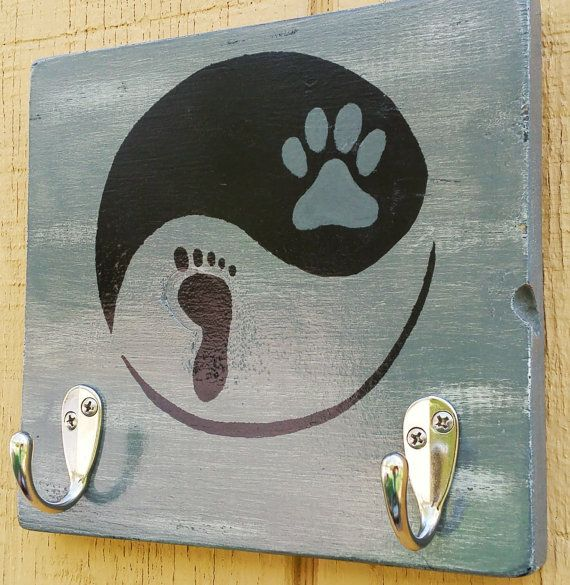 Hey, I found this really awesome Etsy listing at https://www.etsy.com/listing/277494786/wood-wall-hanging-dog-leash-holder-key