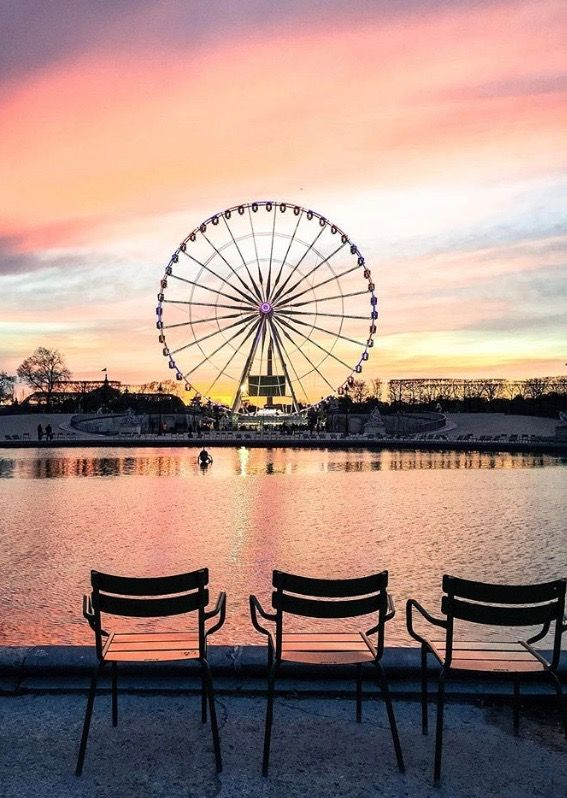 ♡Beautiful Beatriz♡ Tuileries Gardens, Paris .. love the colors in the sky. Have a set by my side