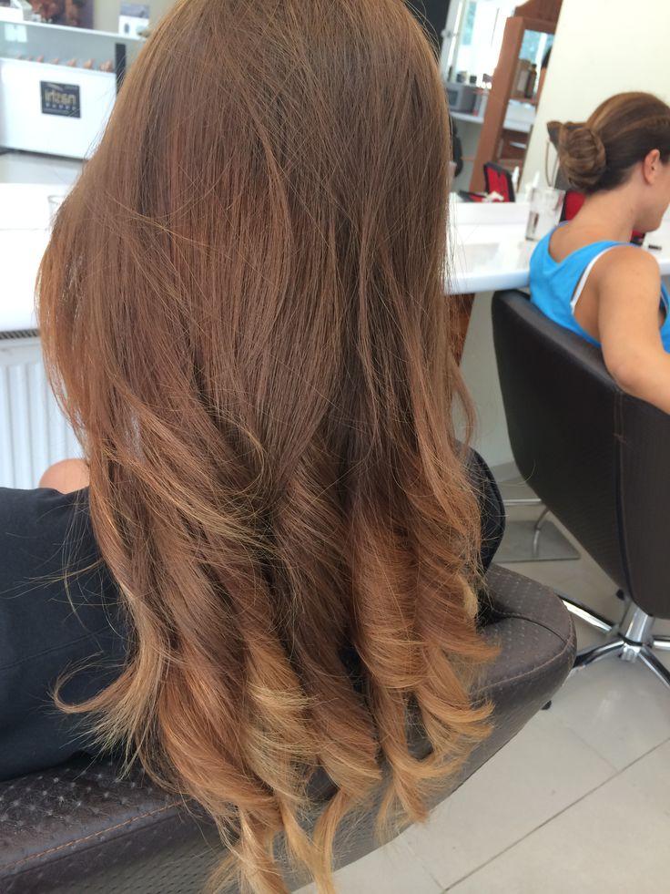 By Ünal Delipoyraz - at Göktürk - in istanbul- saç rengi kumral saçlar - hair color brunette/ bronde- blonde- ombre saçlar- natural- doğal
