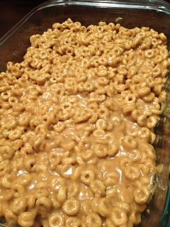 Peanut Butter Cheerios Bars - my mom used to make these all the time when i was a kiddo!