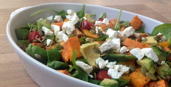 zoete aardappel salade, avocado, spinazie. I love health.nl