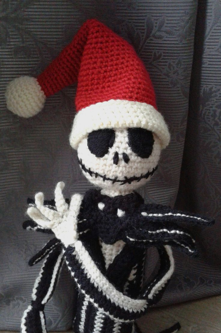 Jack Skellington with Chrissie hat, as Sandy Claws