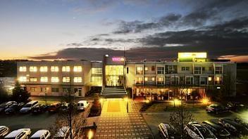 Preverite kakovostno ponudbo v hotelu Vivat. Več o njem na www.viaSlovenia.com