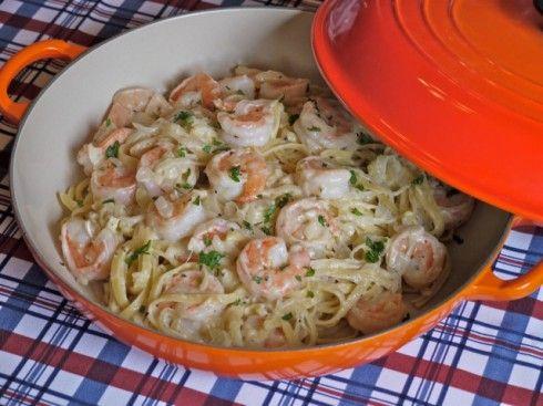 Garlic Lemon Shrimp Alfredo---ohhhh that sounds amazing!