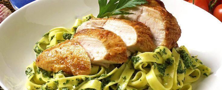 Grillet kylling med spinatpasta