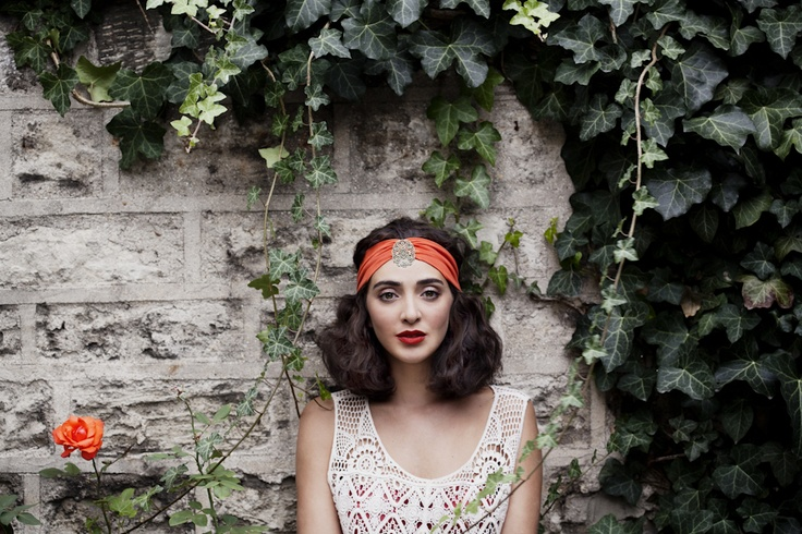 Loubna corail, jewel headband