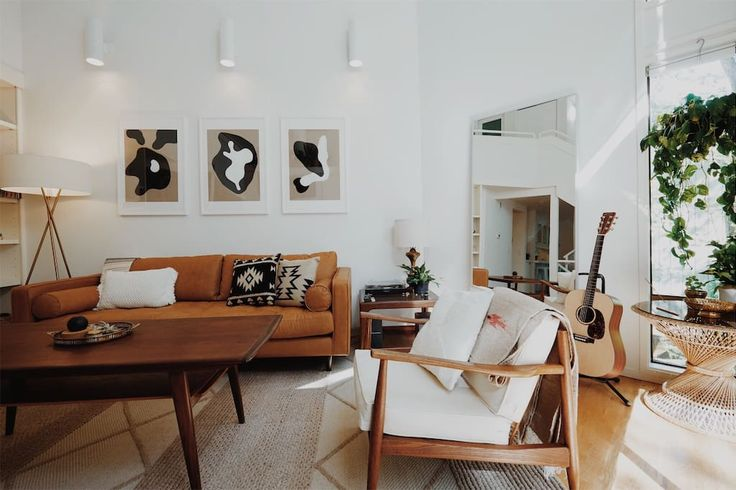 Entire home/apt in Portland, United States. Wald House PDX is a beautiful Pacific Northwest retreat in a 1979 architectural gem hidden away in the tranquil West Hills forests of Portland, OR - 10 mins from Downtown. Experience the calm Portland lifestyle with the best of both worlds; natur...