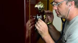 Best price locksmith Coconut Grove FL, locksmith company Coconut Grove FL, Locksmith Services Coconut Grove FL, 24 hour locksmith Coconut Grove FL, professional locksmith service Coconut Grove FL, emergency locksmith service Coconut Grove FL, locksmith service company Coconut Grove FL