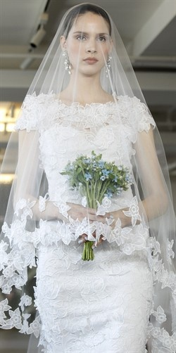 Matrimonio Perfetto ~ The Bride's veil is very important especially in Italian tradition. The tradition started in Ancient Rome, the veil was supposed to shield the bride from evil spirits that would corrupt her.