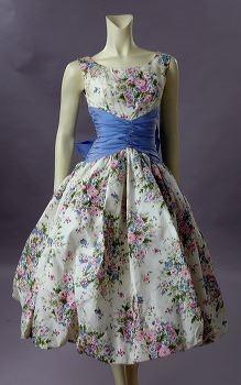 1950's Vintage Floral Print Dress