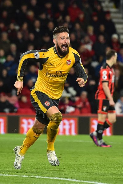 Arsenal's French striker Olivier Giroud celebrates after scoring their third goal during the English Premier League football match between Bournemouth and Arsenal at the Vitality Stadium in Bournemouth, southern England on January 3, 2017..The game finished 3-3. / AFP / Glyn KIRK / RESTRICTED TO EDITORIAL USE. No use with unauthorized audio, video, data, fixture lists, club/league logos or 'live' services. Online in-match use limited to 75 images, no video emulation. No use in betting…