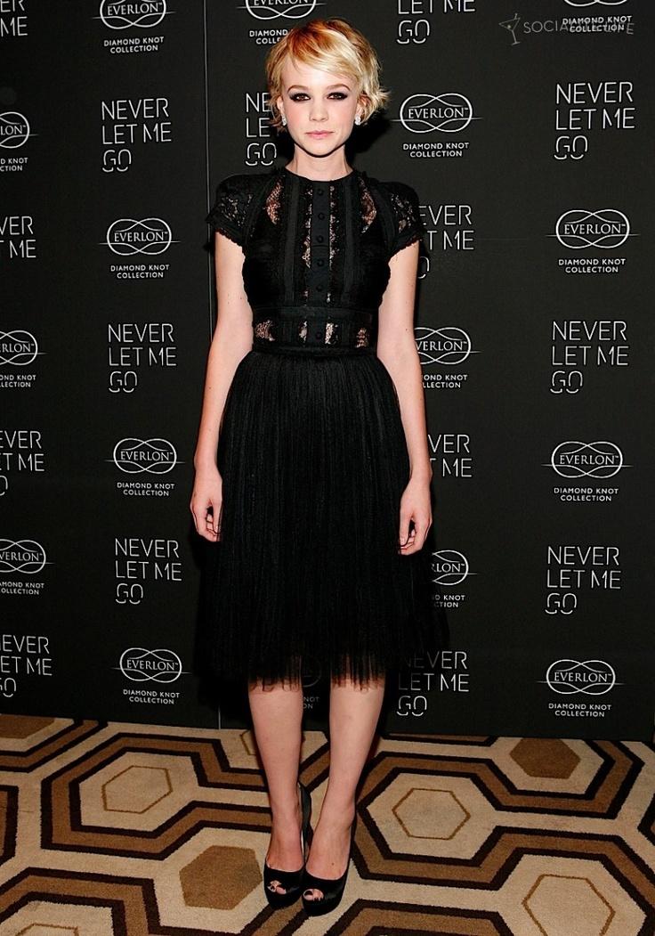 carey-mulligan-never-let-me-go: Celebrity Style, Fashion, Elie Saab, Carey Mulligan, Red Carpets, Shorts Dresses, Black Lace Dresses, Little Black Dresses, The Dresses
