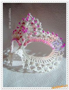 Crochet: Beaded Mask