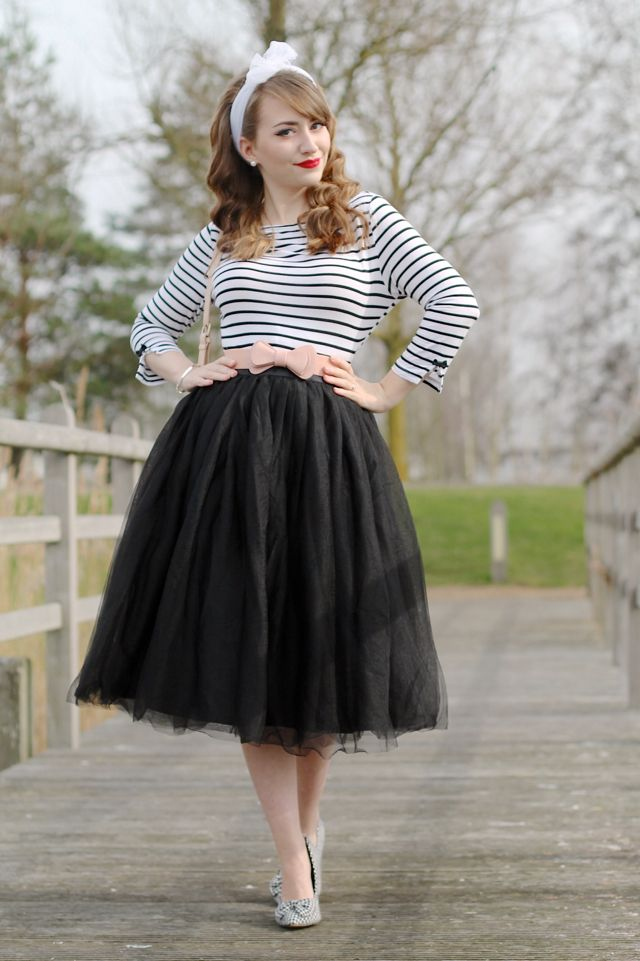 creative black tulle skirt outfit 15