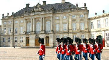 Amalienborg Slotsplads Gratis