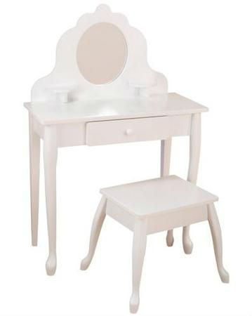 KidKraft Модница белый  — 19990р. ------------------------------ Туалетный столик Модница белый KidKraft для девочек 3-8 лет. Сделан из экологически чистого дерева. Аксессуары в комплект не входят.