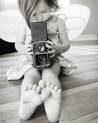 """""""O fotógrafo é um poeta que a partir do seu olhar proclama versos eternizados nas imagens de sua arte."""""""