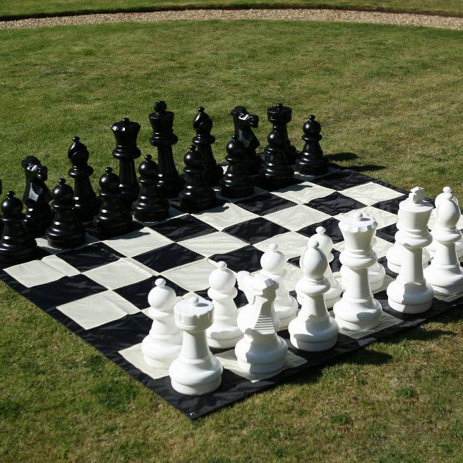 The garden chess mat is made of high-quality nylon that is quick and easy to put down and when rolled up takes up very little space. Comes with four metal stakes so you can stake the mat to the ground