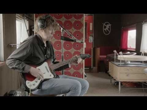 STS - Train Sessions - Thurston Moore - Schizophrenia