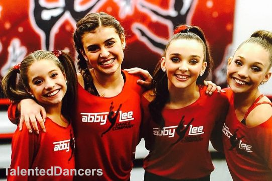 Please be only dance moms girls.... Abby