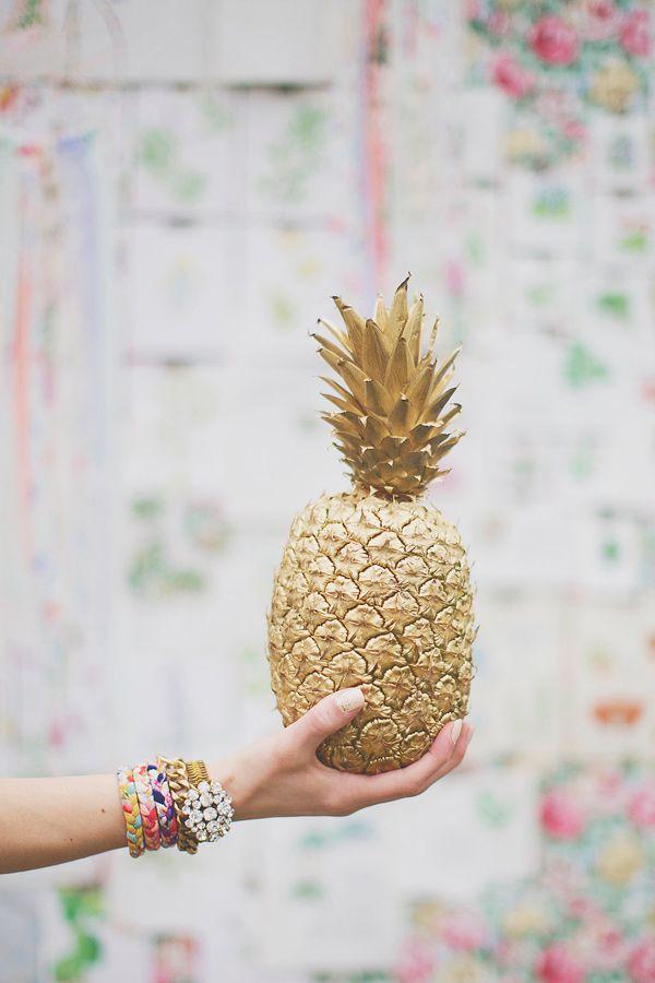 Golden pineapple! MG Evénements Ile de Ré