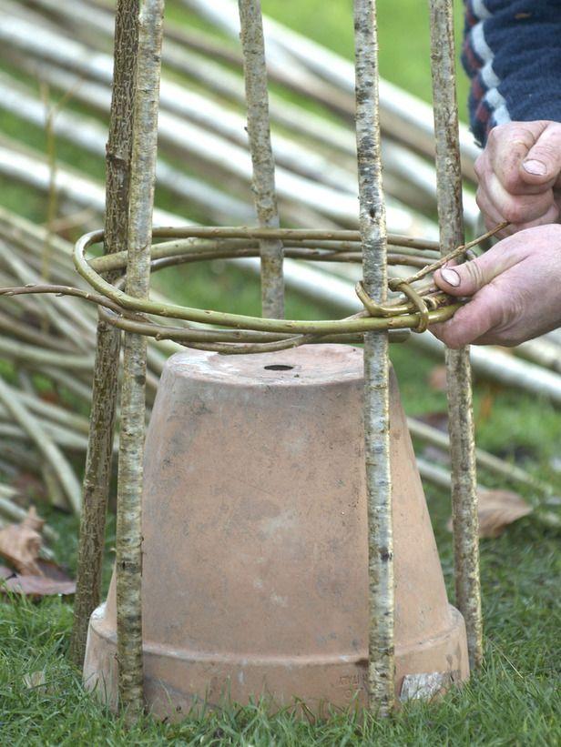 Make willow plant supports - Pflanzenstütze / Rankhilfe aus Weide