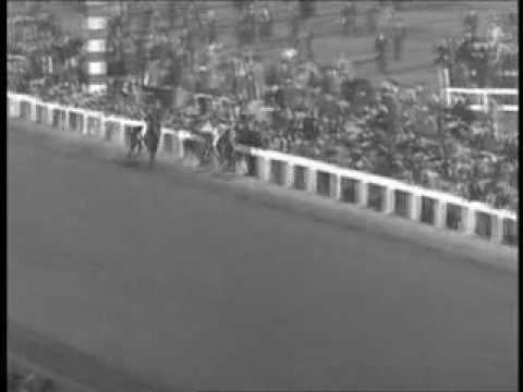 The historic 1938 match horse race between West Coast star Seabiscuit, and Triple Crown winner War Admiral. [Video]