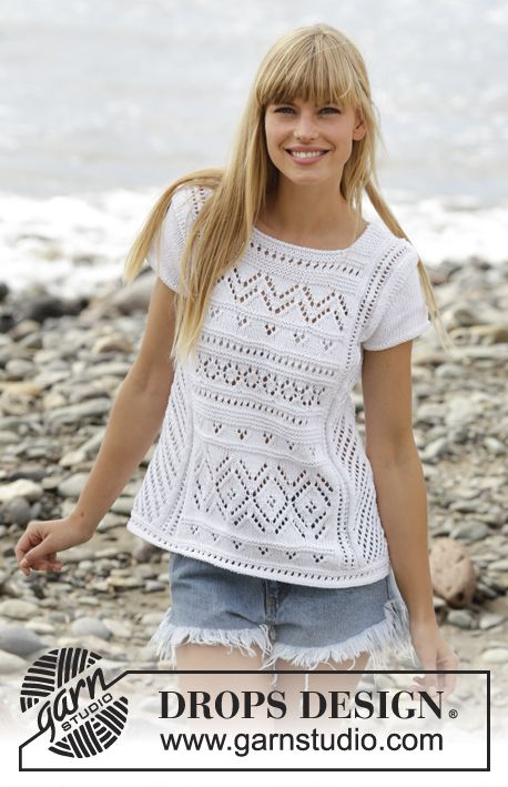 """Knitted DROPS top with lace pattern, short sleeves and A-shape in """"Cotton Light"""". Free Pattern"""