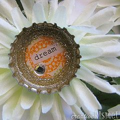 bottle cap flower magnets: Bottle Caps, Brooches Tutorials, Bottlecap Flowers, Bottle Cap Crafts, Creative Kismet, Flower Brooch, Crafts Parties, Cap Brooches, Flowers Brooches