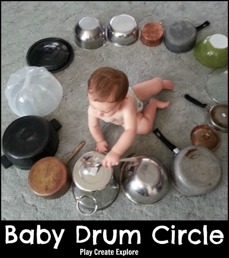 Play Create Explore: Baby Drum Circle made with pots, pans and spoon. Fun activity to keep a baby or toddler busy for a few minutes and make some noise!