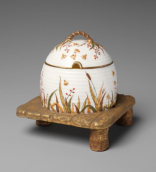 Covered honey pot, 1882-90, porcelain.  Manufactured by Ott and Brewer, Trenton NJ.