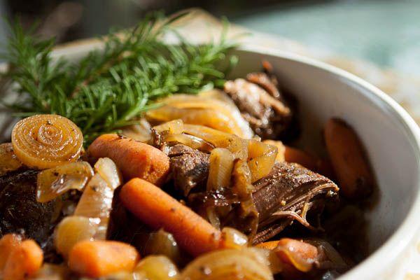 Slow Cooker Pot Roast with Balsamic Vinegar