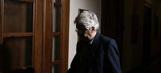 En Arxikos Politis: Παρασκευόπουλος: Ισχυρά συμφέροντα θέλουν να φύγει...