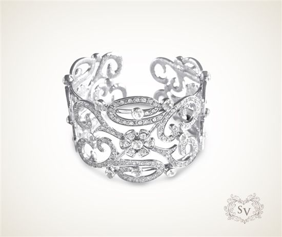 Cherished Crystal Bangle