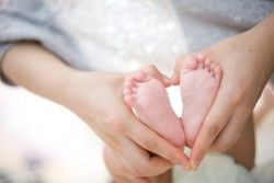 Does my baby love me? Spot the signs www.calorababy.co...