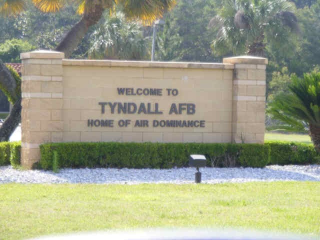 30 best images about there are places i remember on for Tyndall afb alloggio cabine