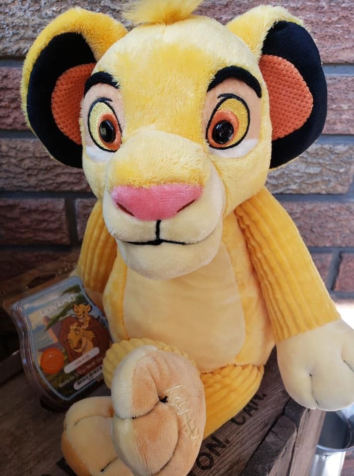 Scentsy Simba Lion King Buddy with Scent Pack and Scentsy Bar NEW