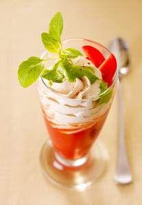 Recette Melba de tomate à la chantilly de chèvre, notre recette Melba de tomate à la chantilly de chèvre - aufeminin.com