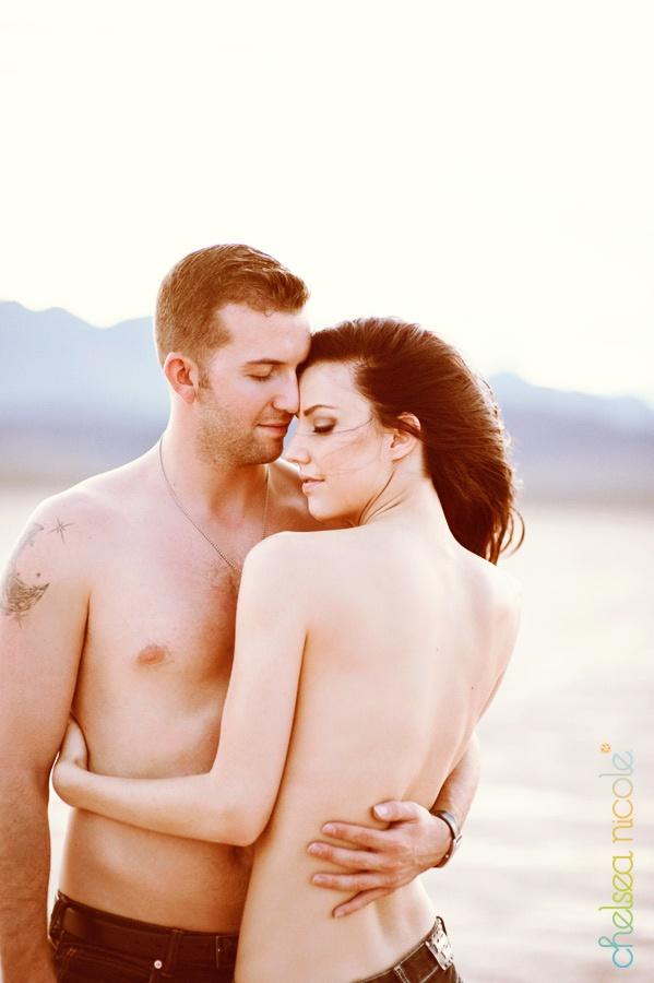 sexy vegas couples stuff